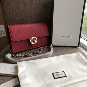 Authentic NWB Gucci crossbody wallet in chain bag